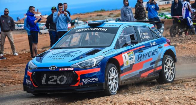 Pernia y Peñate despiden el año con victoria en Fuerteventura