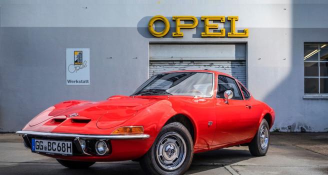 """50 años del Opel GT: """"solo volar es más divertido…"""""""