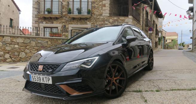 León Cupra R ST, último Cupra de SEAT. Tracción total y 300 CV