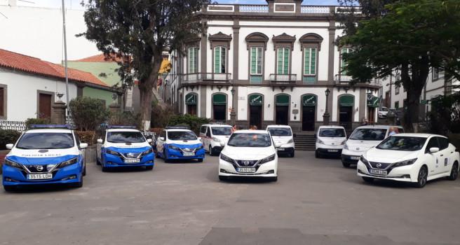 Brisa Motor entrega varios Nissan eléctricos a Arucas, Teror, Moya y Guía
